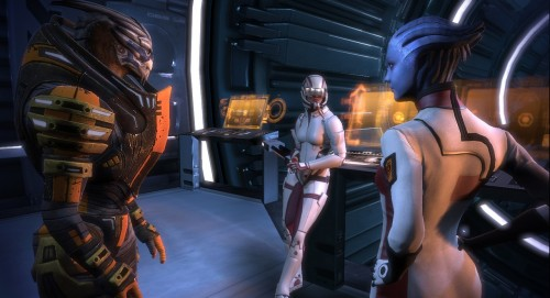 Mass Effect 2 will have improved combat and a storyline that continues from the first game, including changes as a result of your choices in Mass Effect